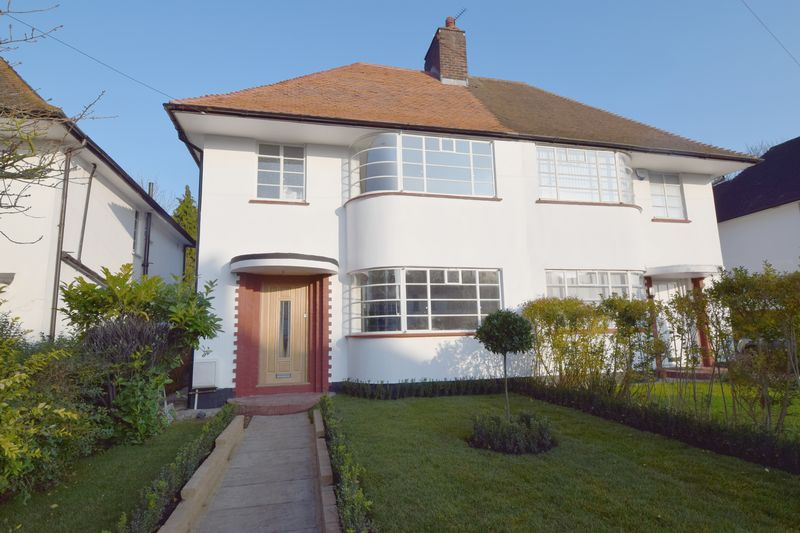4 Bedroom Semi Detached House For Sale Howard Walk