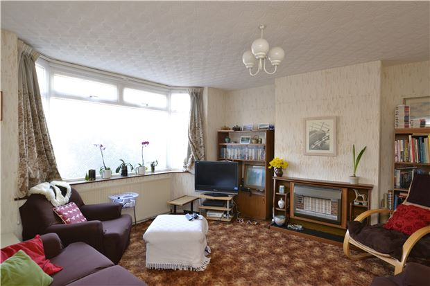 3 Bedroom Semi Detached House For Sale Rousham Road