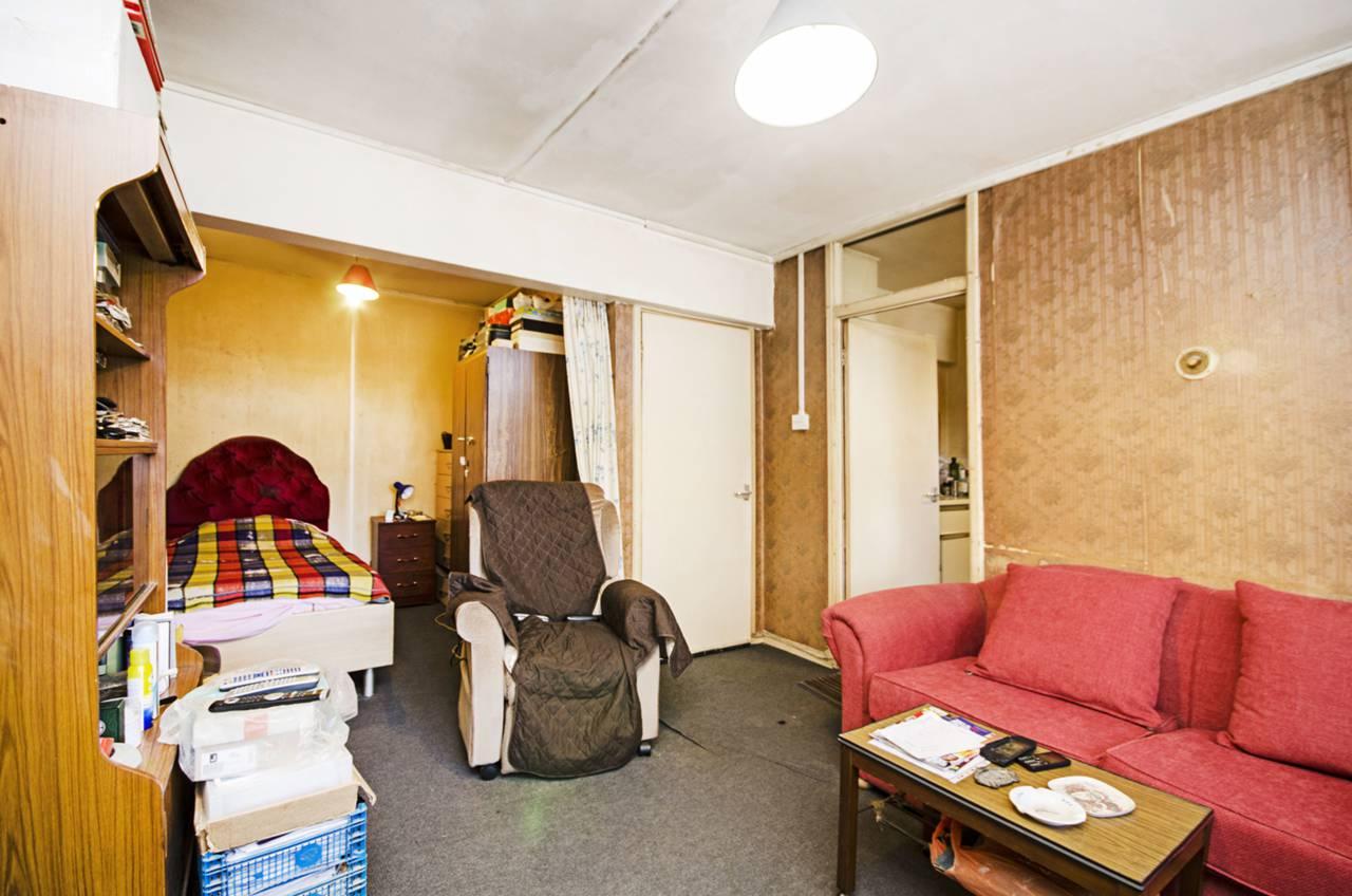 studio flat for sale edinburgh house maida vale w9 1qs. Black Bedroom Furniture Sets. Home Design Ideas