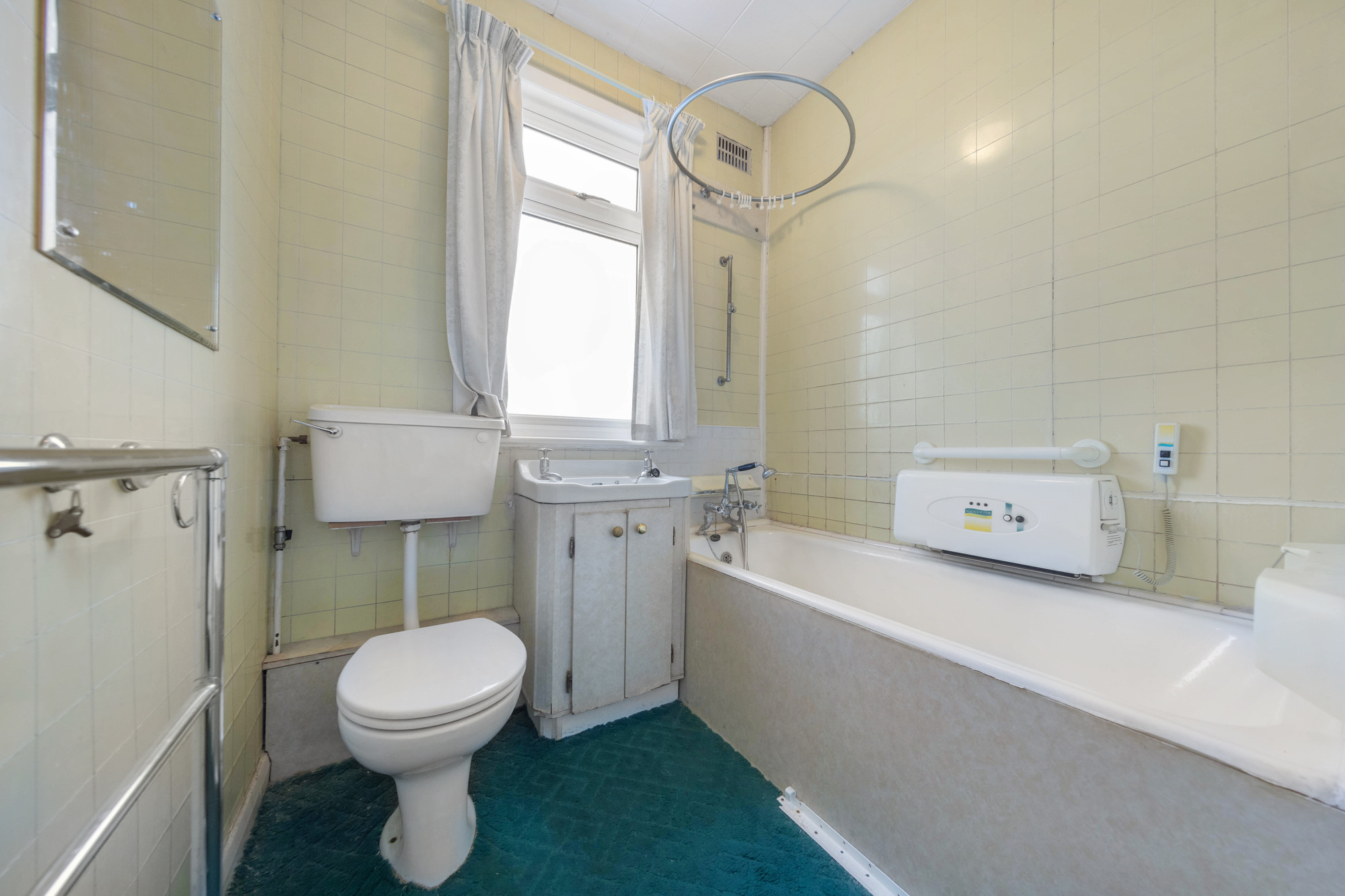 Unmodernised Property For Sale Fulham
