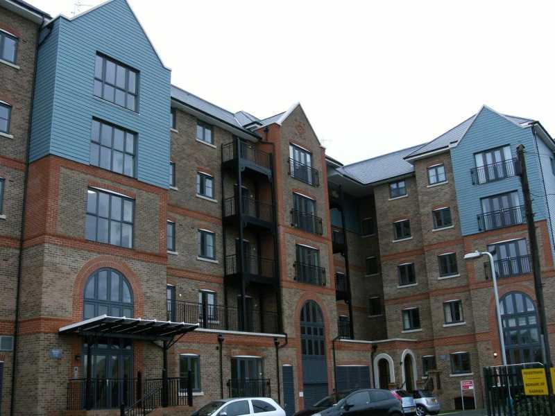 2 Bedroom Flat To Rent Medway Wharf Road Tonbridge Tn