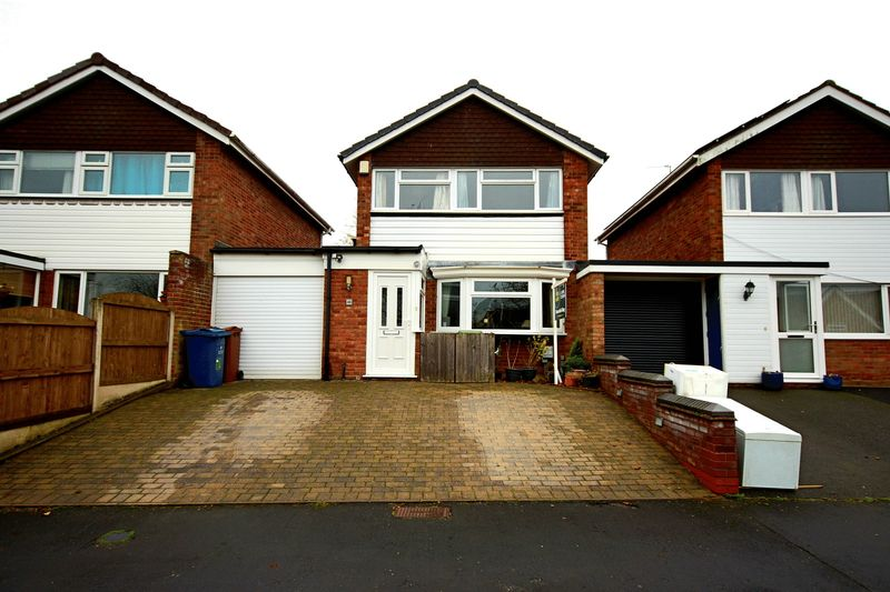 3 Bedroom House For Sale Moathouse Drive Haughton