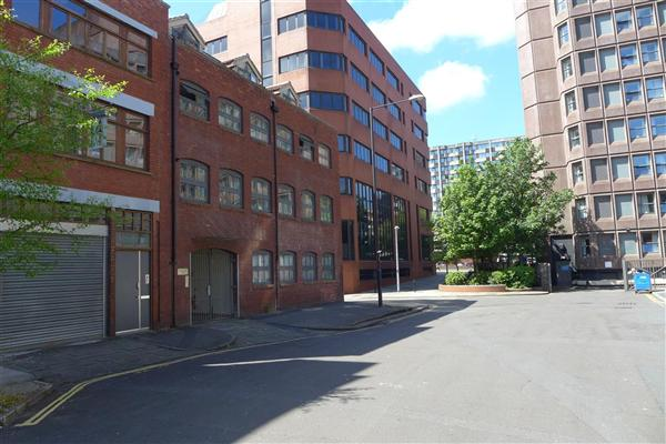 studio flat to rent merchants rest city centre bristol. Black Bedroom Furniture Sets. Home Design Ideas