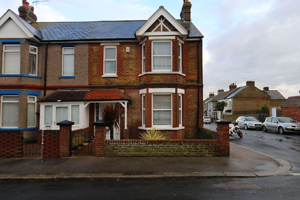 4 Bedroom House For Sale Victoria Avenue Westgate On Sea