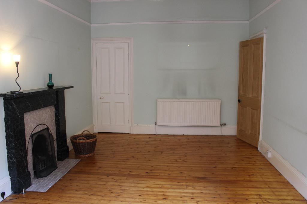 2 Bedroom Flat To Rent Bruntsfield Gardens Edinburgh Eh10 4dx