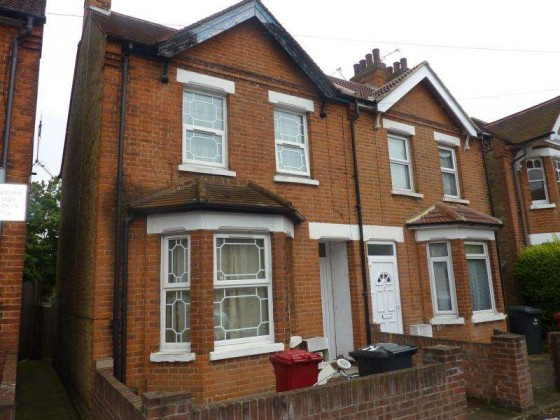 3 Bedroom Semi Detached House For Sale College Avenue