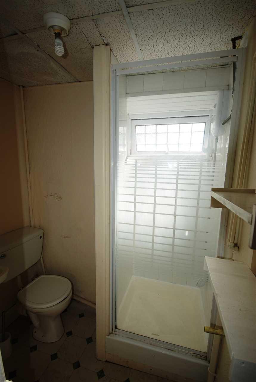studio flat to rent auburn road redland bristol bs bs6. Black Bedroom Furniture Sets. Home Design Ideas