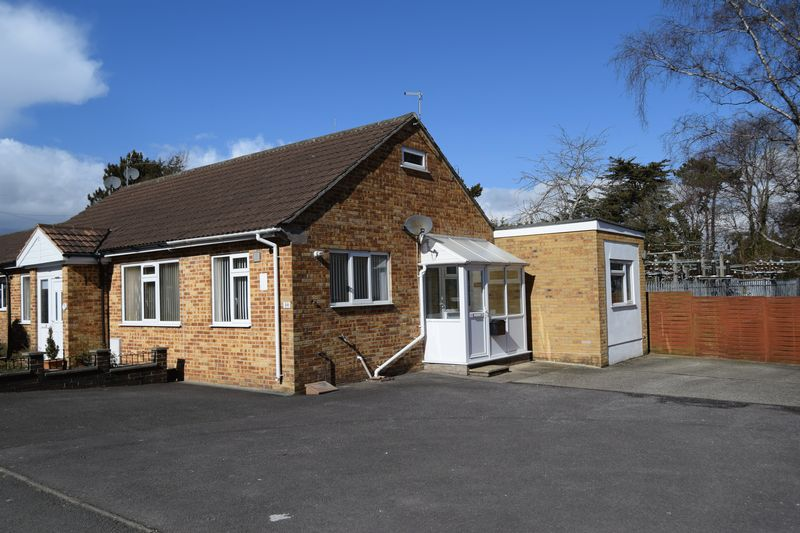 Rent A Room In Chard Somerset