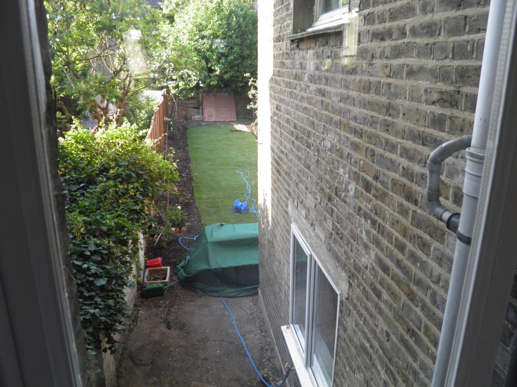 4 bedroom terraced house to rent mayola road london e5 0rg for Ultra glass chatsworth ca