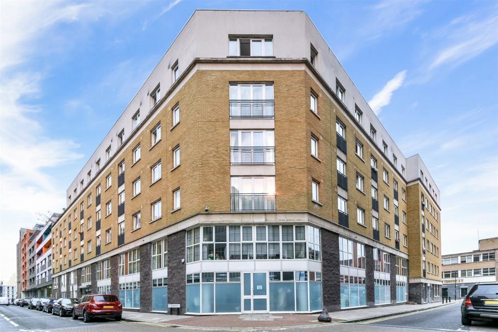Colefax Building Plumbers Row London E