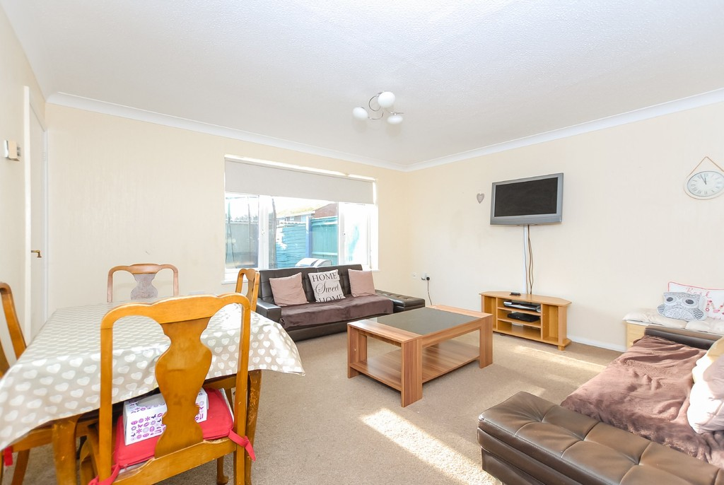 Rooms To Rent In Colnbrook