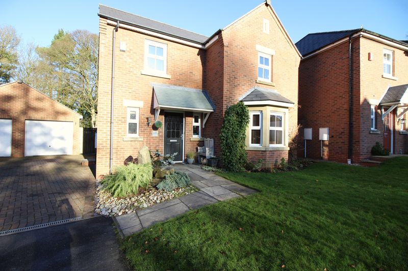 4 Bedroom Detached House For Sale Willow Drive