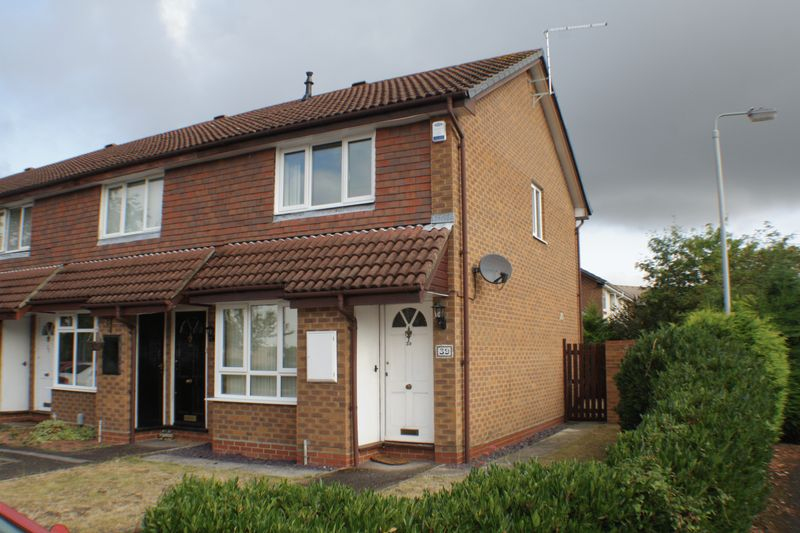 2 bedroom house to rent shackleton way woodley reading for 6 bed house to rent