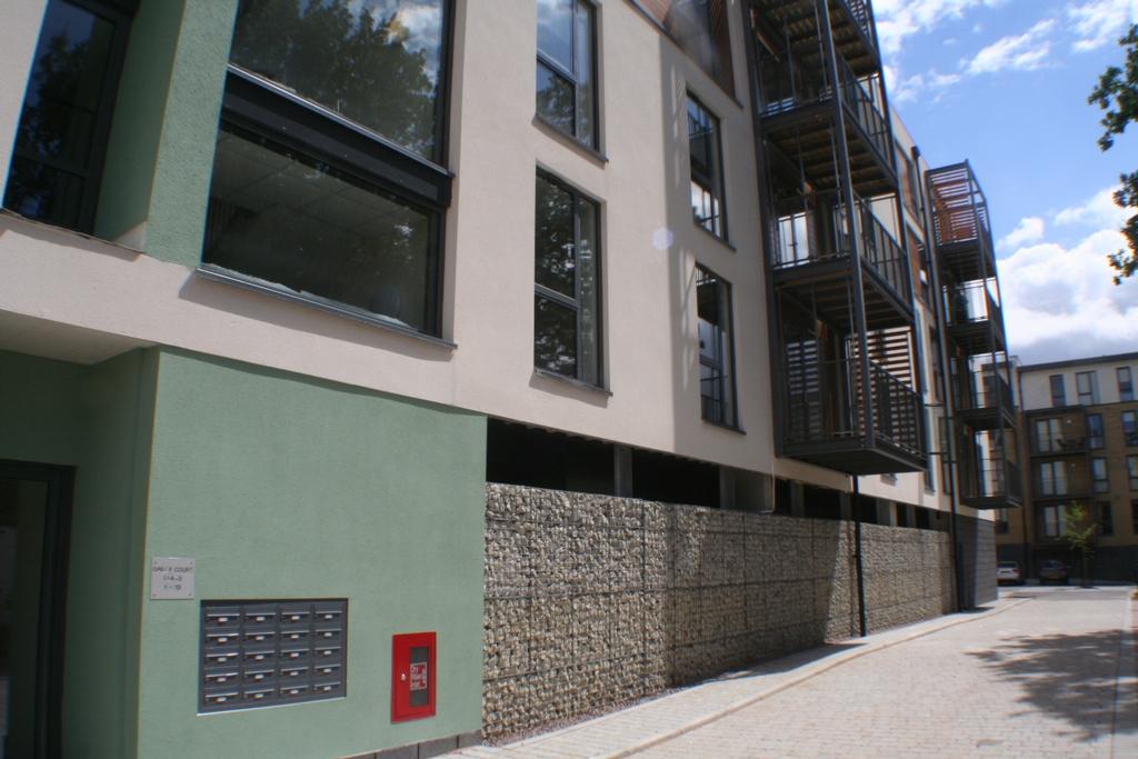 London Rent A Room  Pcm