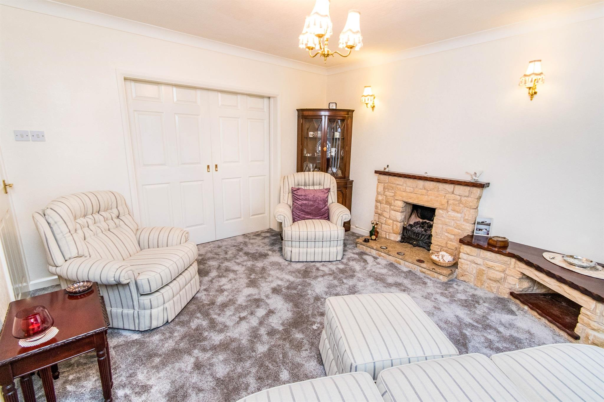 2 Bedroom Detached Bungalow For Sale Manor Street