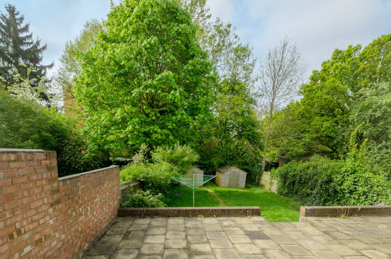 6 Bedroom Detached House For Sale Windsor Road Finchley