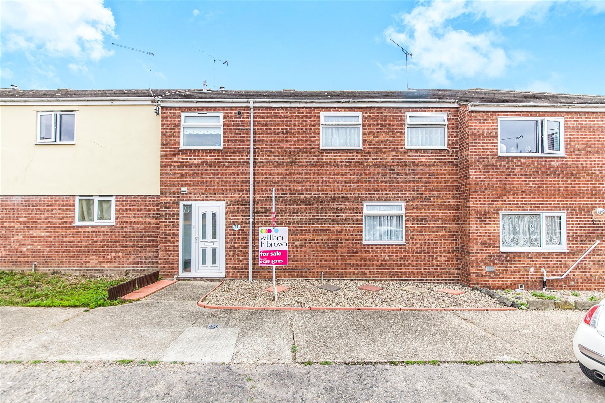 4 bedroom terraced house for sale abbott road harwich for Abbott house