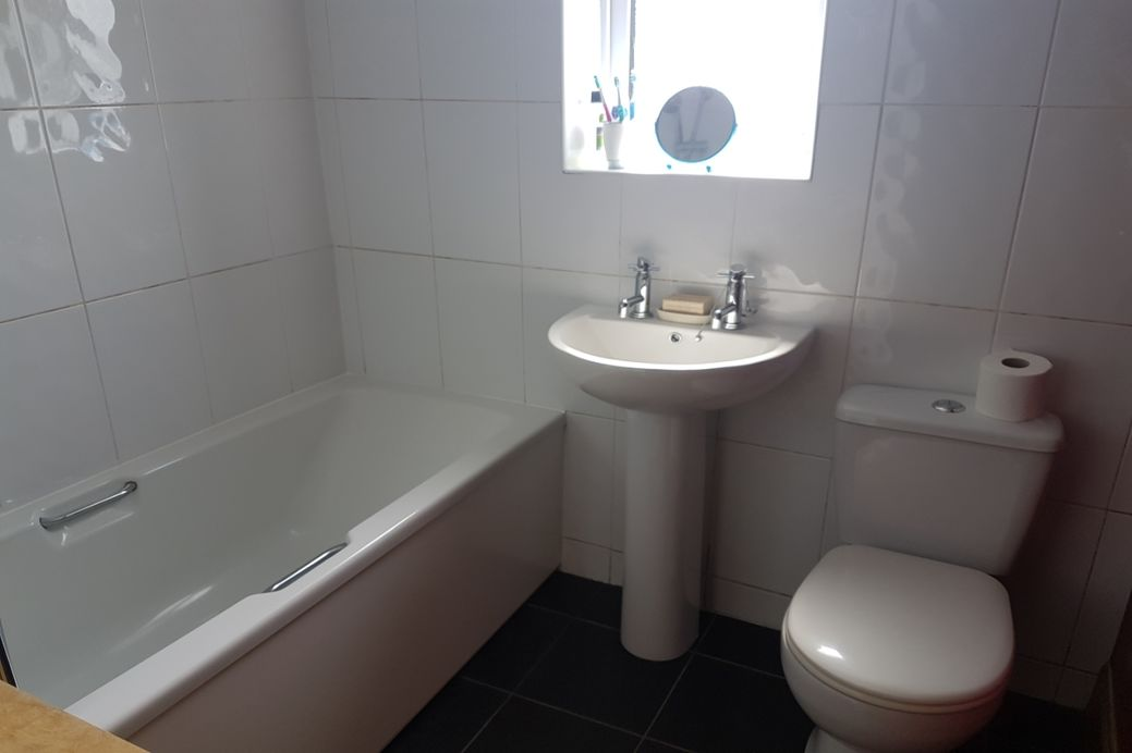 Room To Rent Thornhill Dumfries
