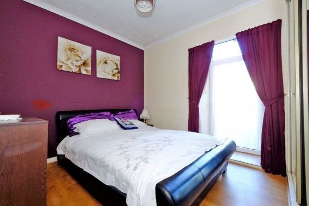 bedroom flat for sale constitution street aberdeen ab24 5et