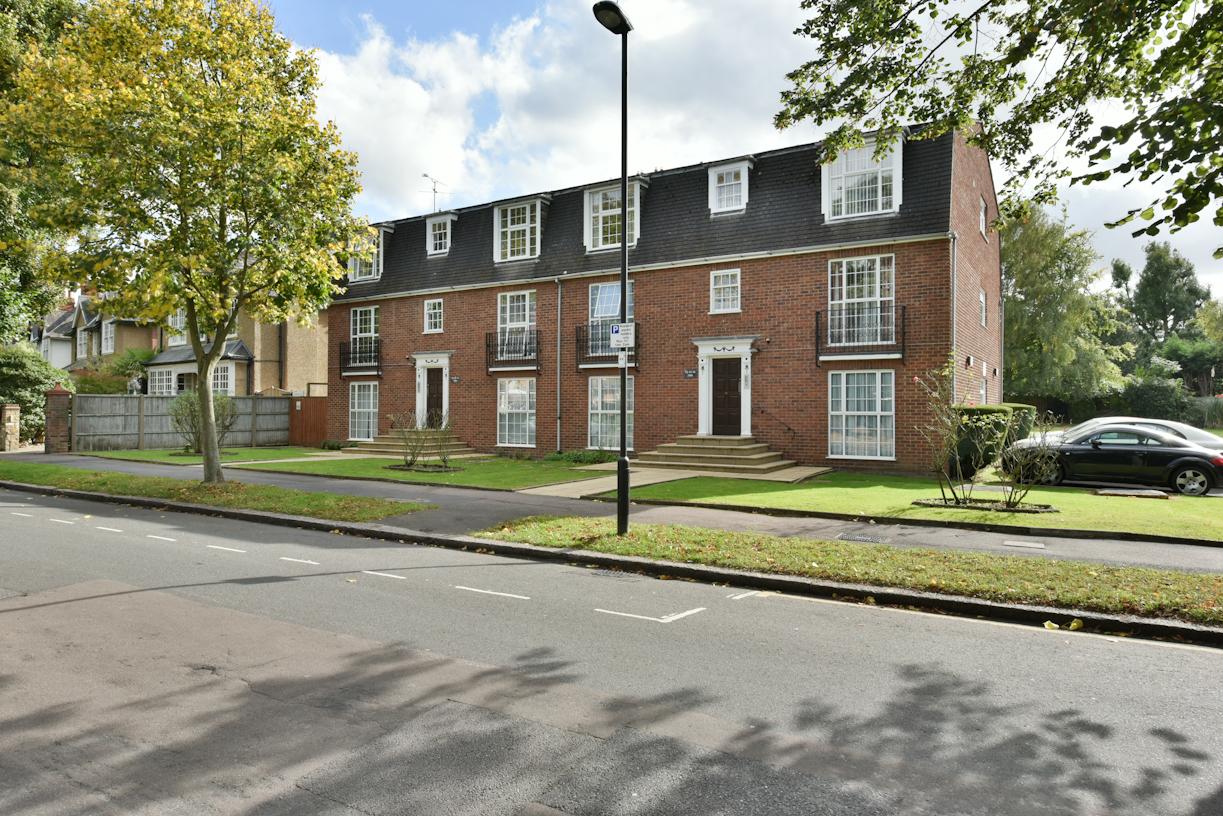1 Bedroom Flat For Sale Queen Annes Place Enfield En