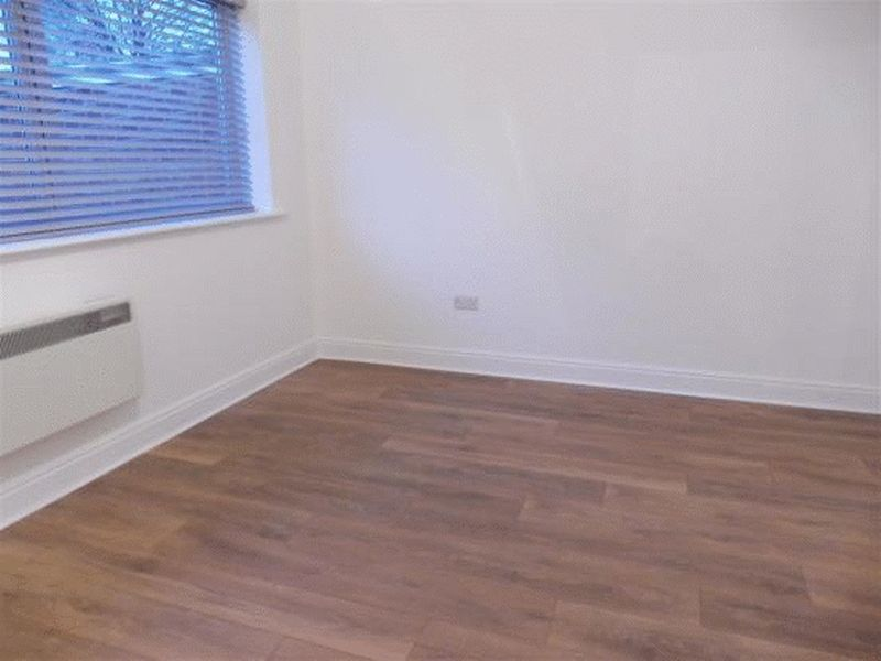 1 Bedroom Flat To Rent Leigh Road Eastleigh So So50 9dt