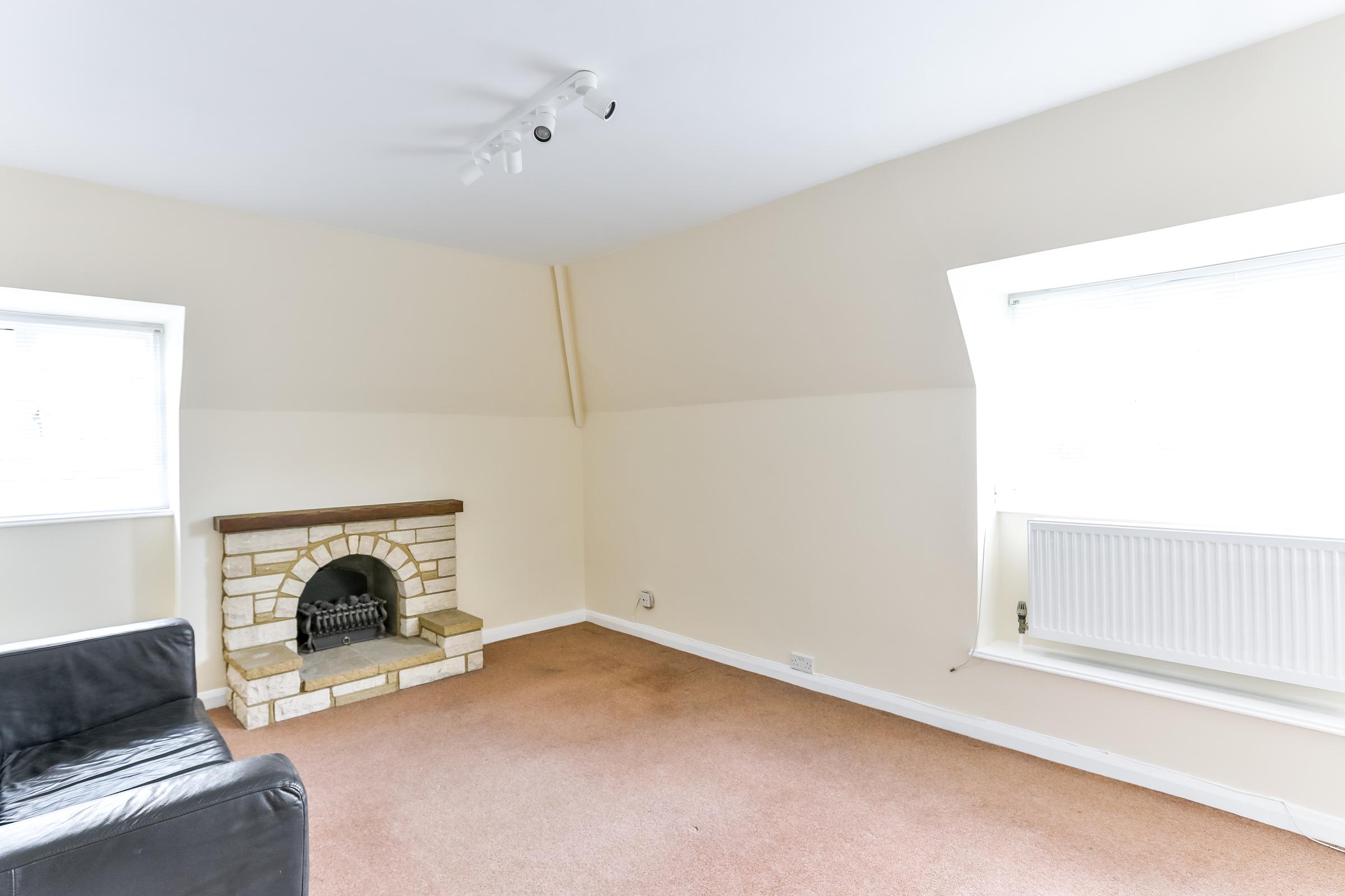 3 Bedroom Apartment To Rent Litchfield Court Litchfield