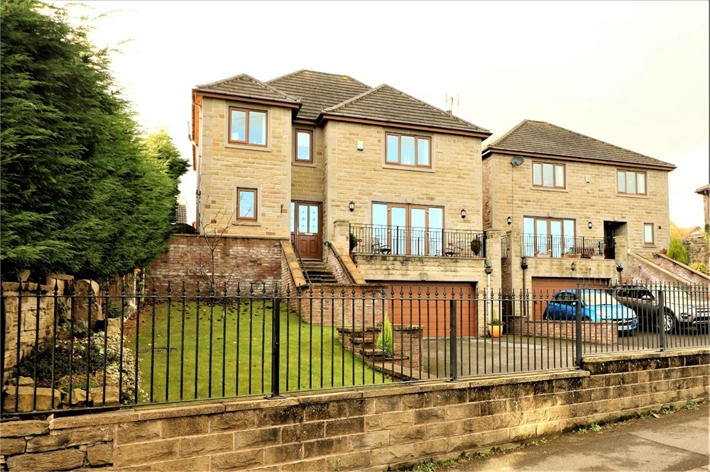 Property For Sale In Silkstone