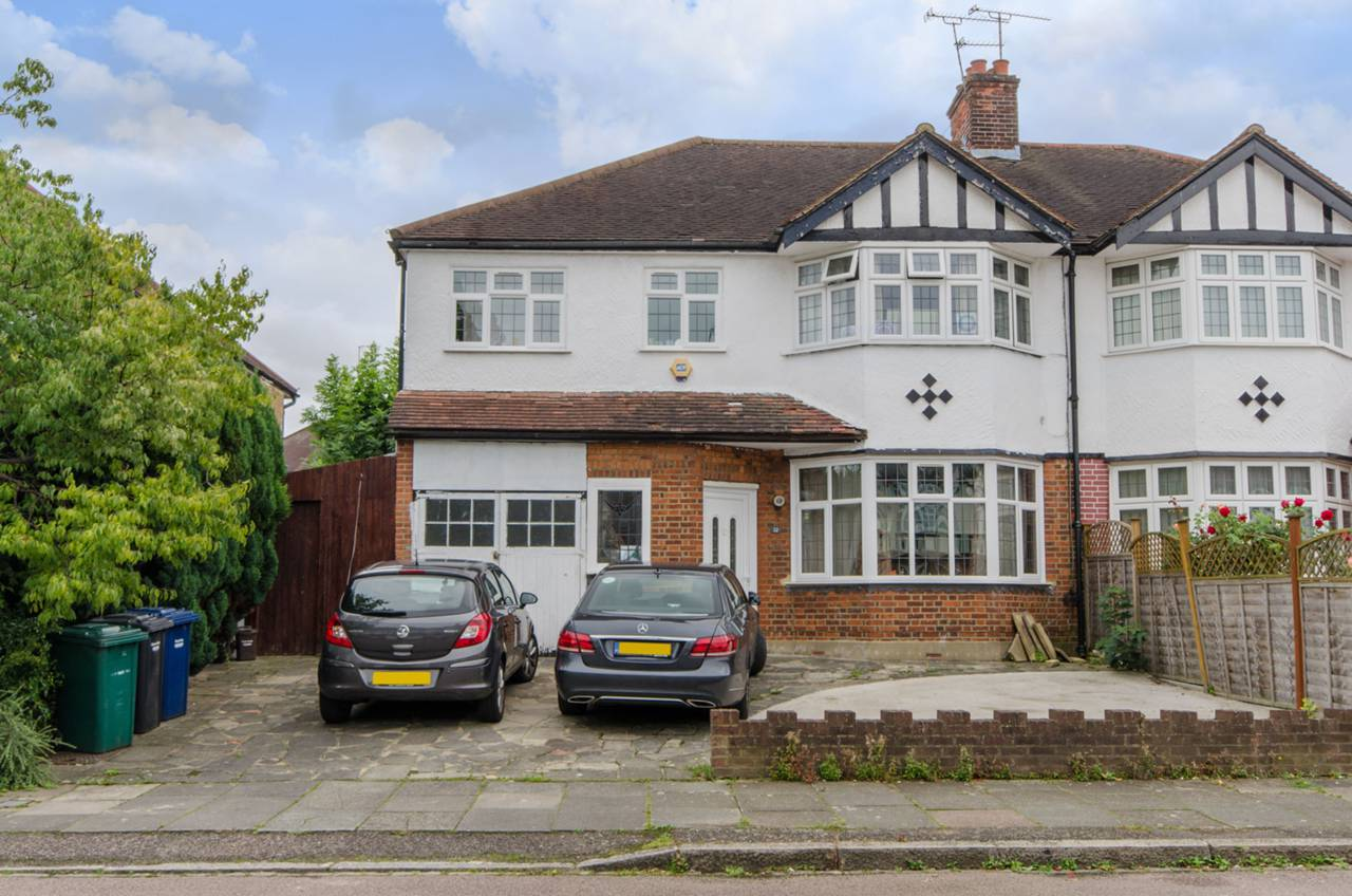5 bedroom semi detached house for sale the fairway high for Fairway house