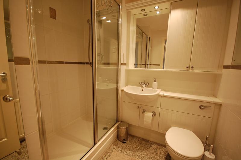 2 Bedroom Flat To Rent Dee Street City Centre Aberdeen