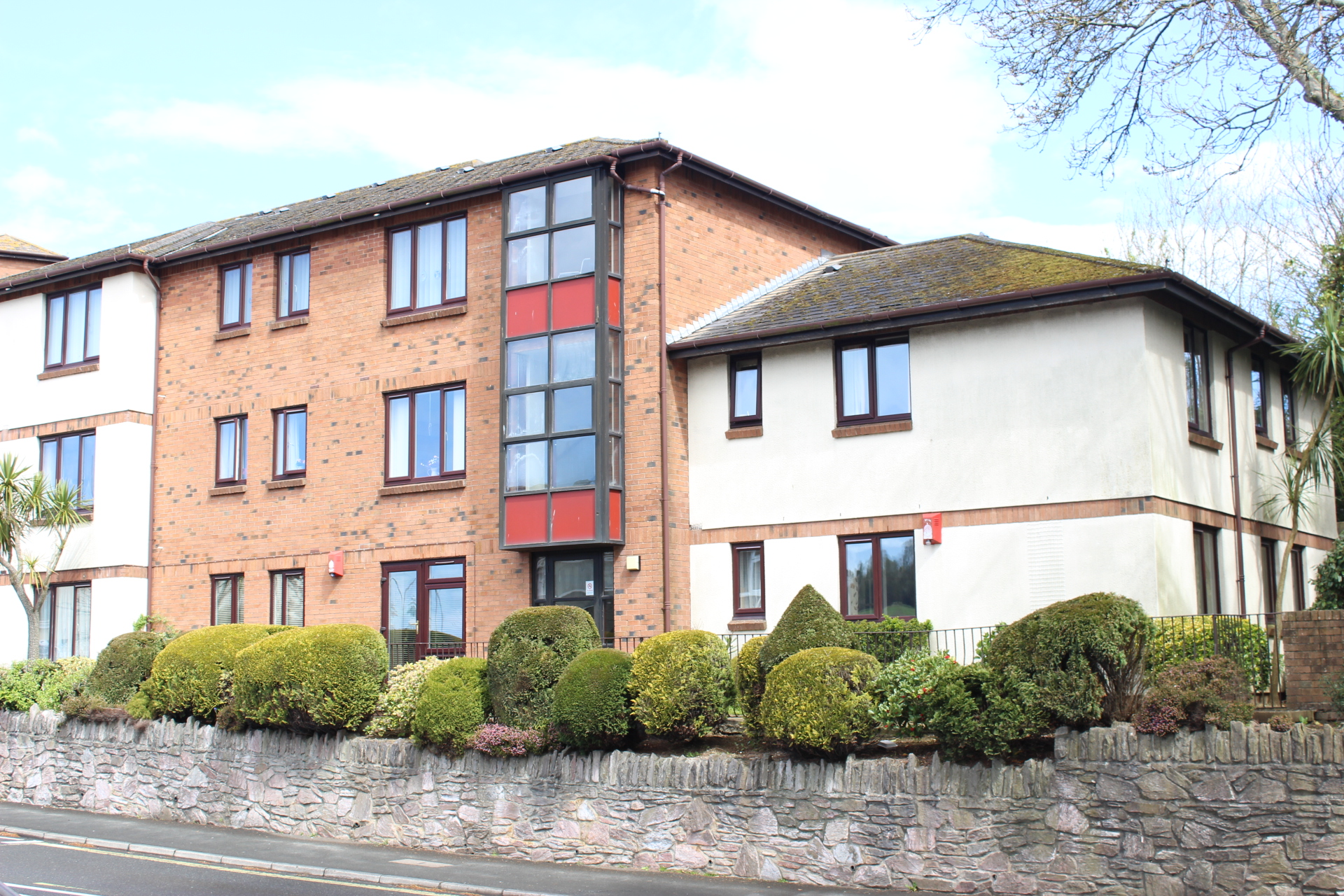 2 Bedroom Flat For Sale Mudge Way Plympton Plymouth Pl Pl7 2ps