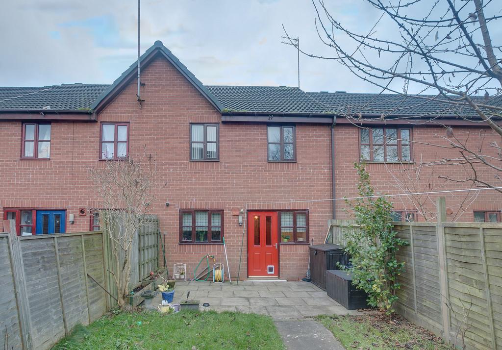 2 Bedroom Detached House For Sale Hollymoor Way Northfield Birmingham Longbridge B31 5he