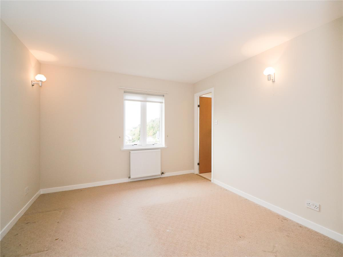 Is 747 A Good Credit Score >> 2 bedroom flat to rent, Taypark, Dundee Road, Broughty Ferry, DD5 1LX