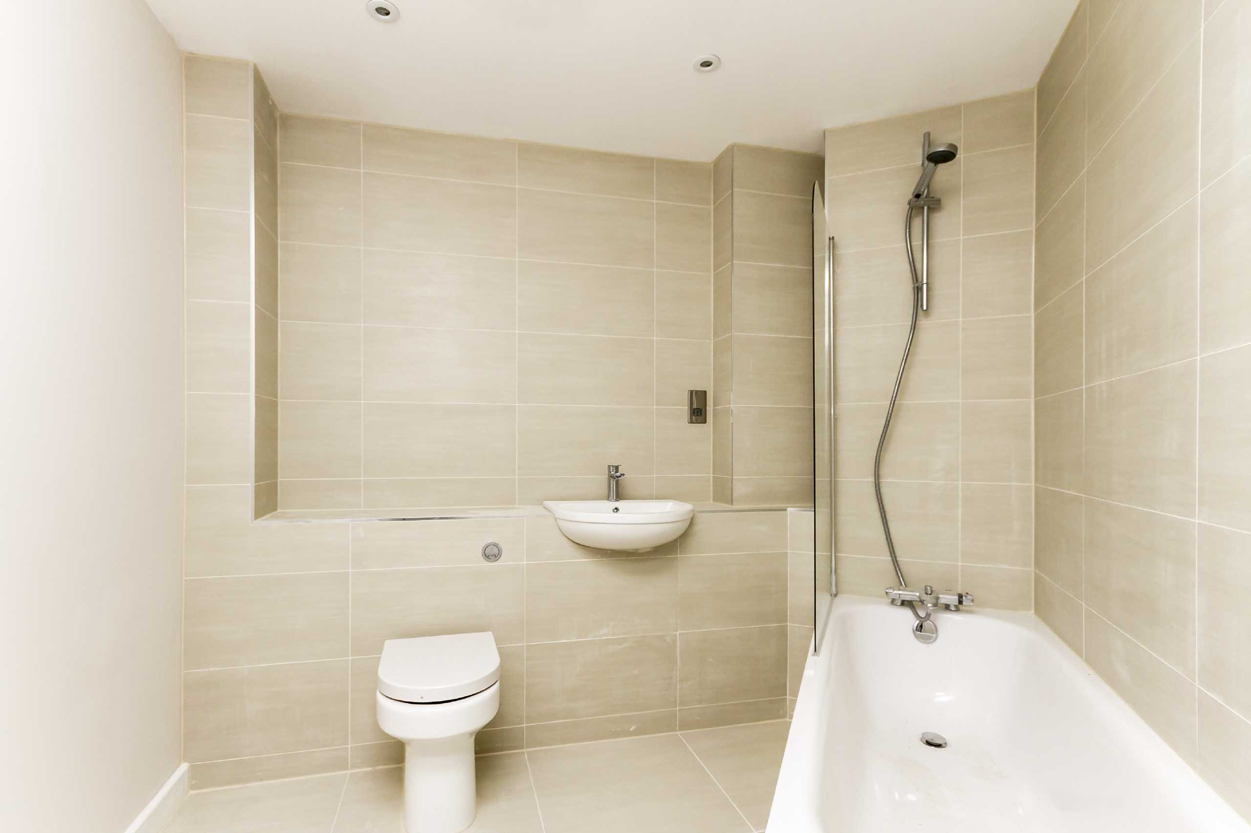3 Bedroom Flat For Sale Cleaves Almshouses Old London Road Kingston Upon Thames Kt Kingston