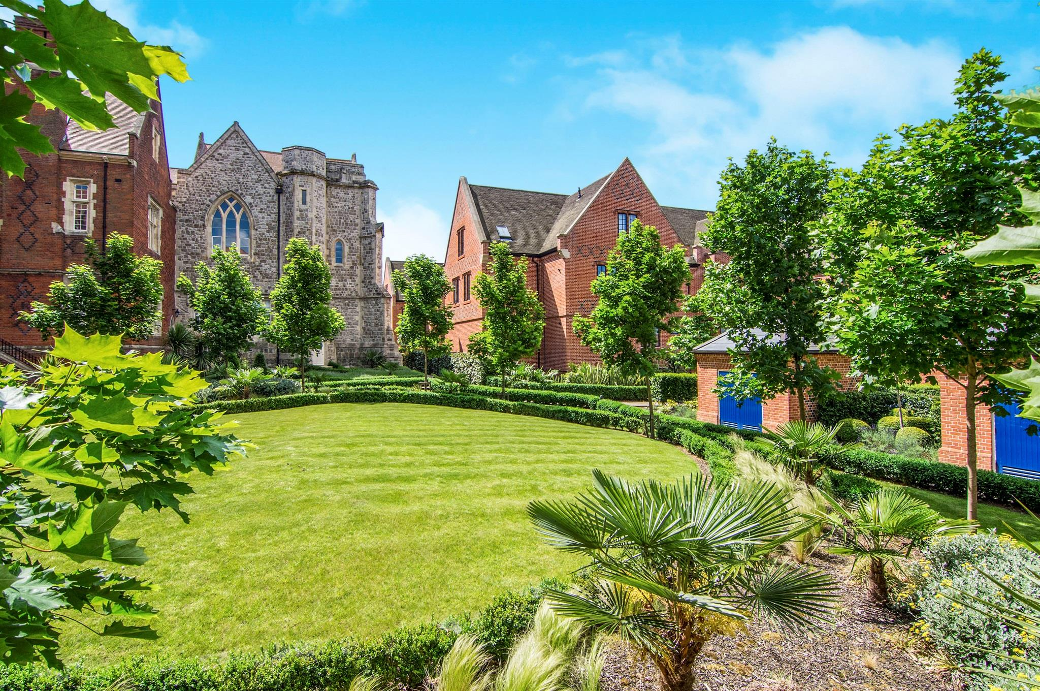 2 bedroom flat for sale campbell court the galleries for The brentwood