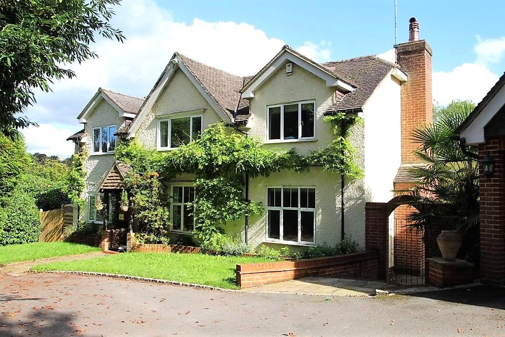 Property To Let East Grinstead