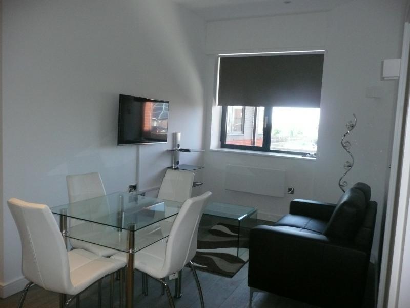1 Bedroom Apartment To Rent Verona Apartments Wellington Street Slough Sl1 1yl