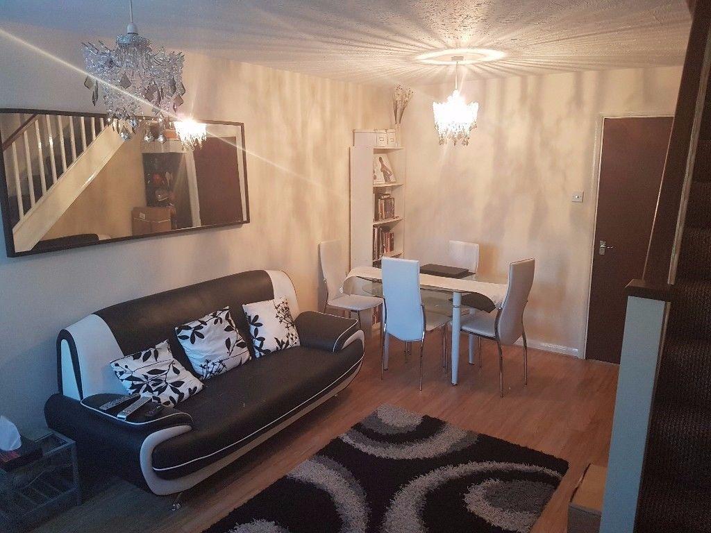 2 Bedroom House To Rent In Uxbridge 28 Images Road Acton W3 Flats In Uxbridge Mitula