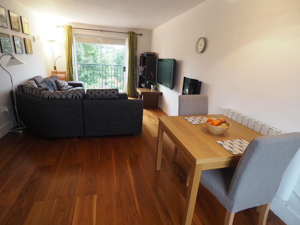 2 Bedroom Apartment For Sale Galleon Court Hull Hu9 1qf