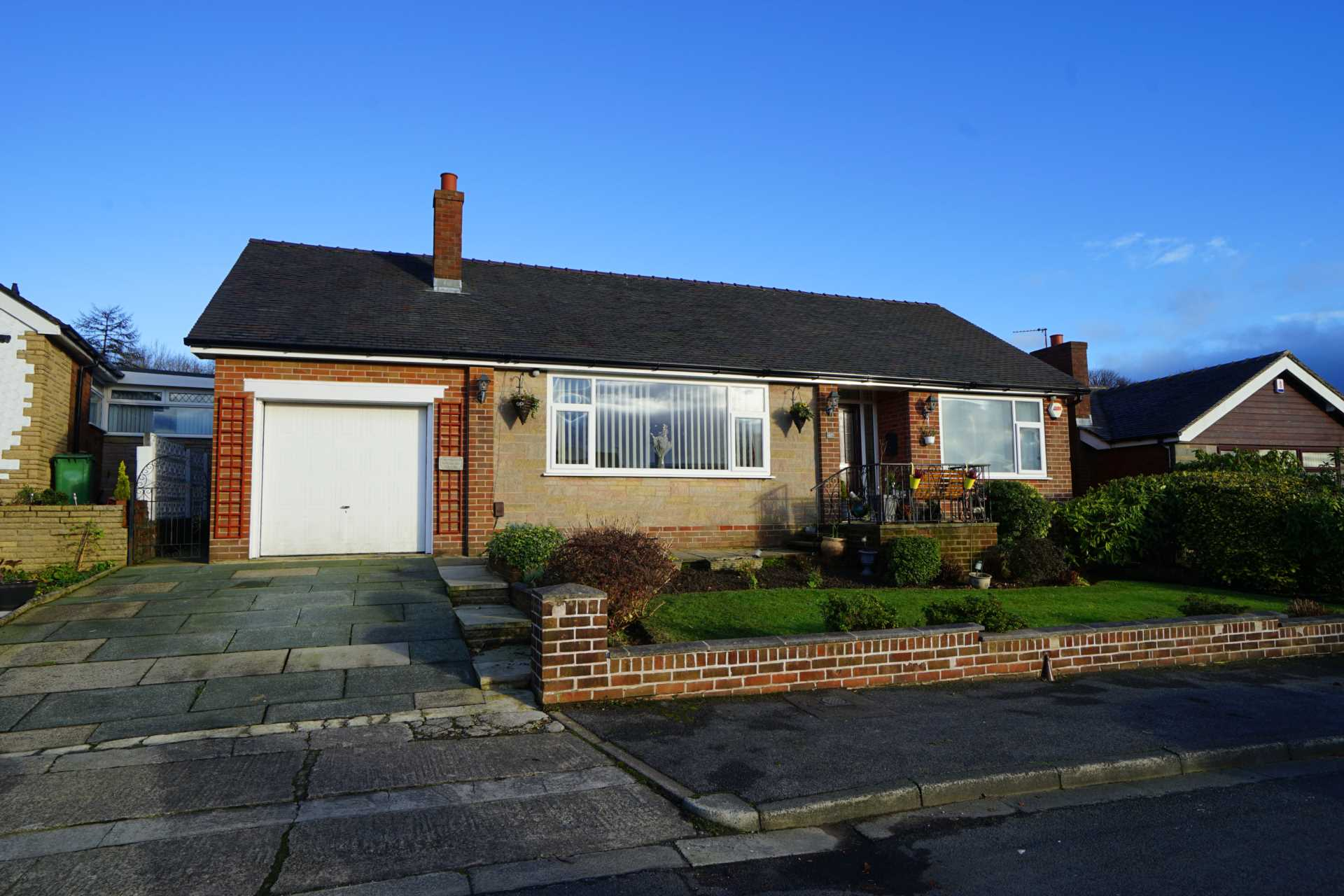 3 Bedroom Detached Bungalow For Sale Old Vicarage Road Bolton Bl6 6qr