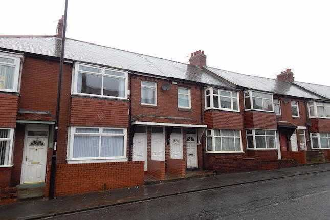 1 bedroom flat for sale thompson road southwick for Southwick storage