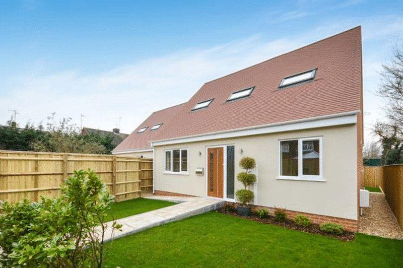 3 Bedroom Detached House For Sale Moats Crescent Thame