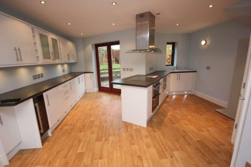 4 Bedroom Detached House For Sale Staley Road Ashton