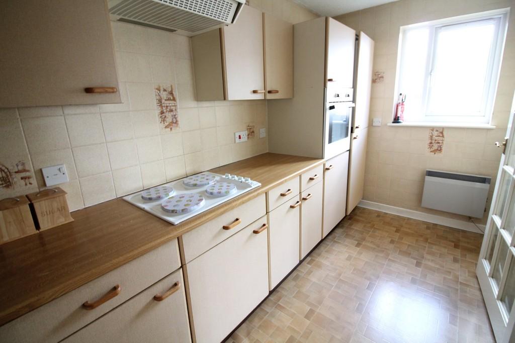2 Bedroom Flat For Sale Barncott Mudge Way Plympton Pl