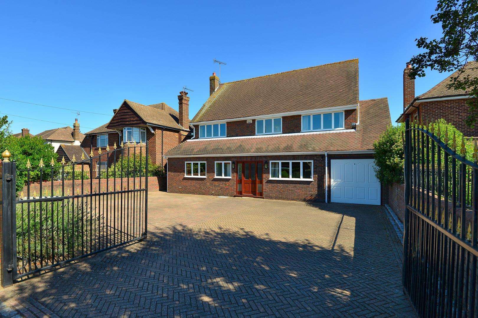 6 bedroom house for sale Ashford Road Faversham ME ME13
