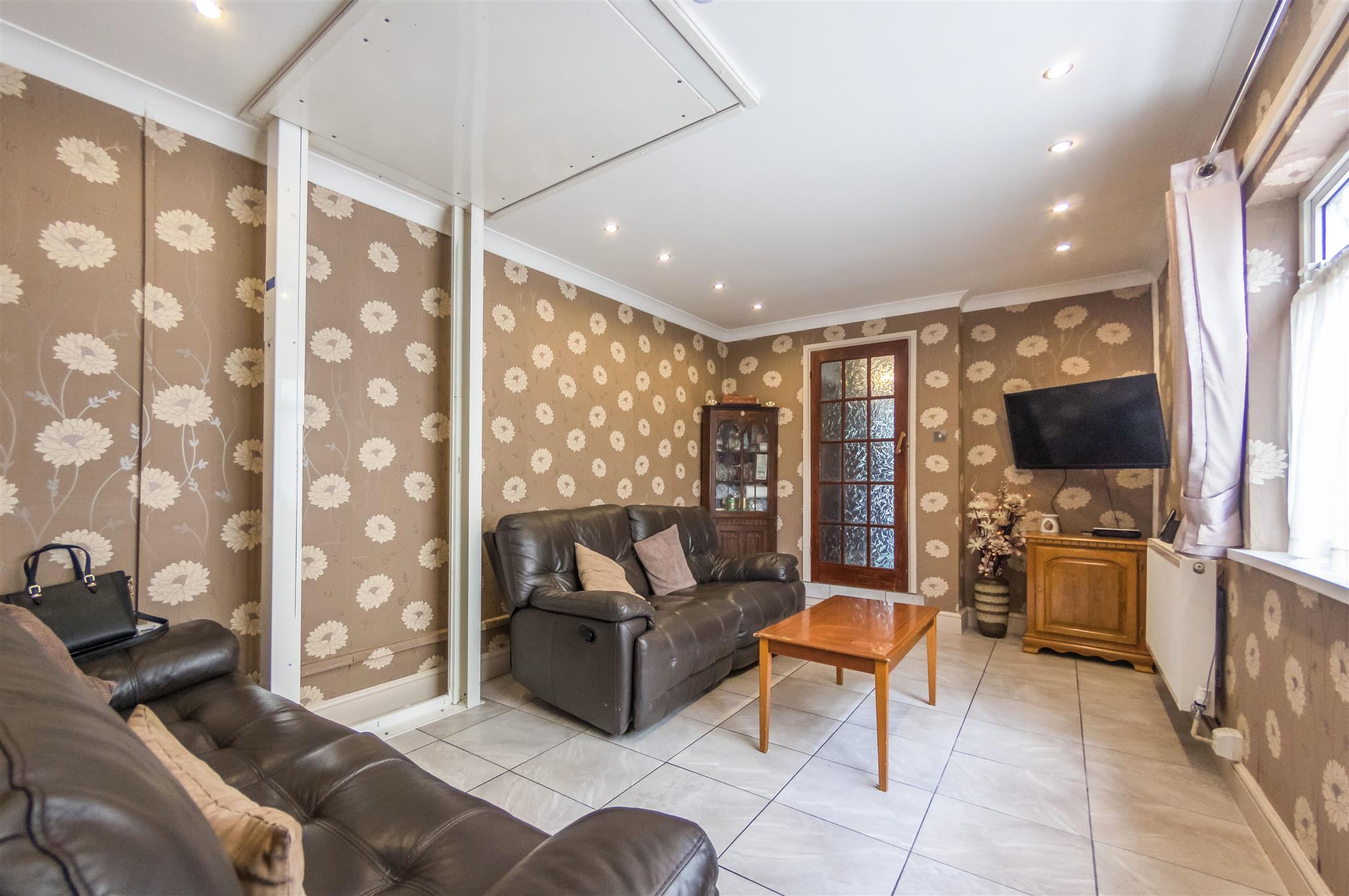 3 bedroom terraced house for sale machen place cardiff - Living room letting agency cardiff ...