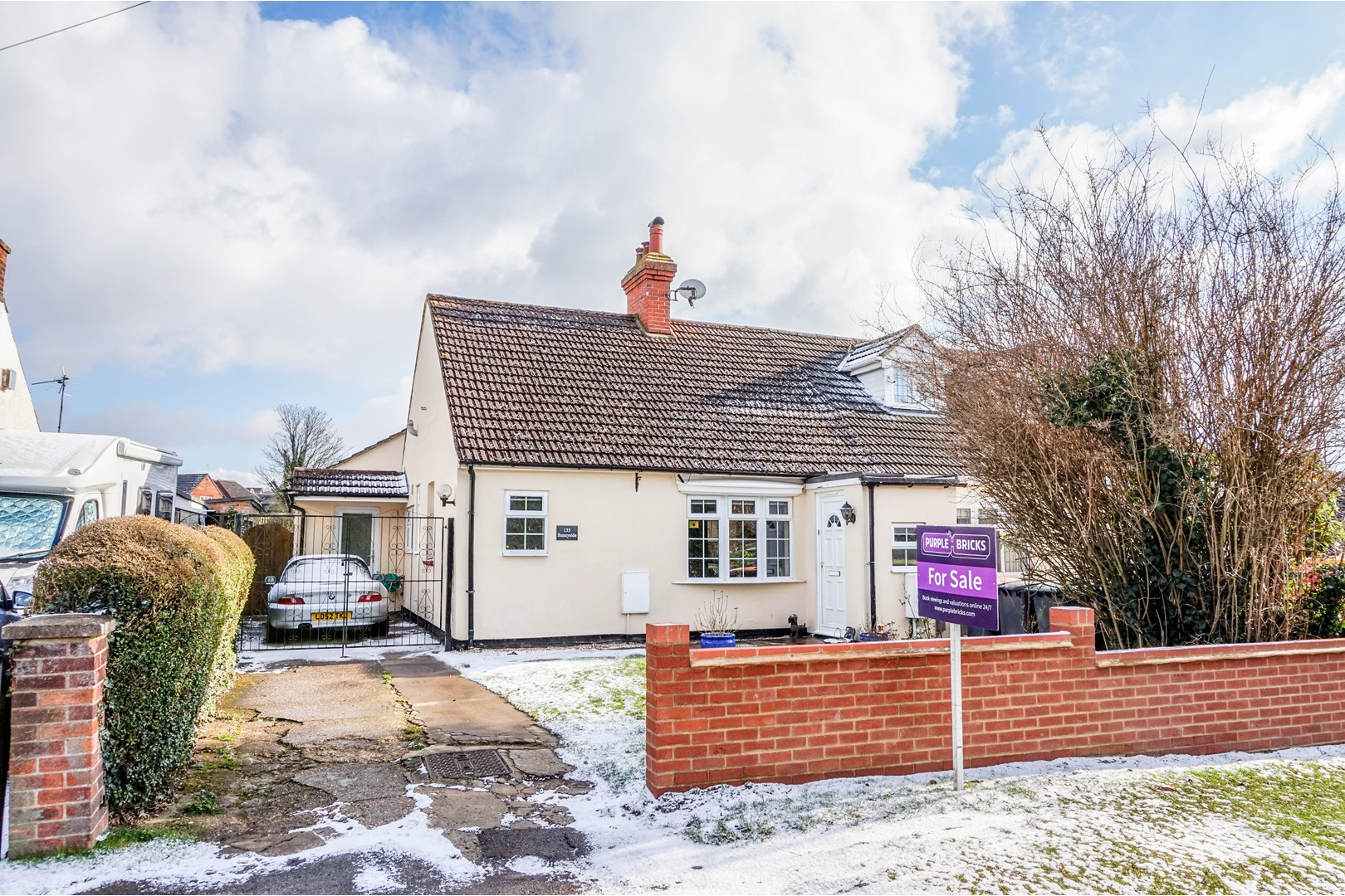 3 bedroom semi detached bungalow for sale stagsden road for Garden rooms stagsden