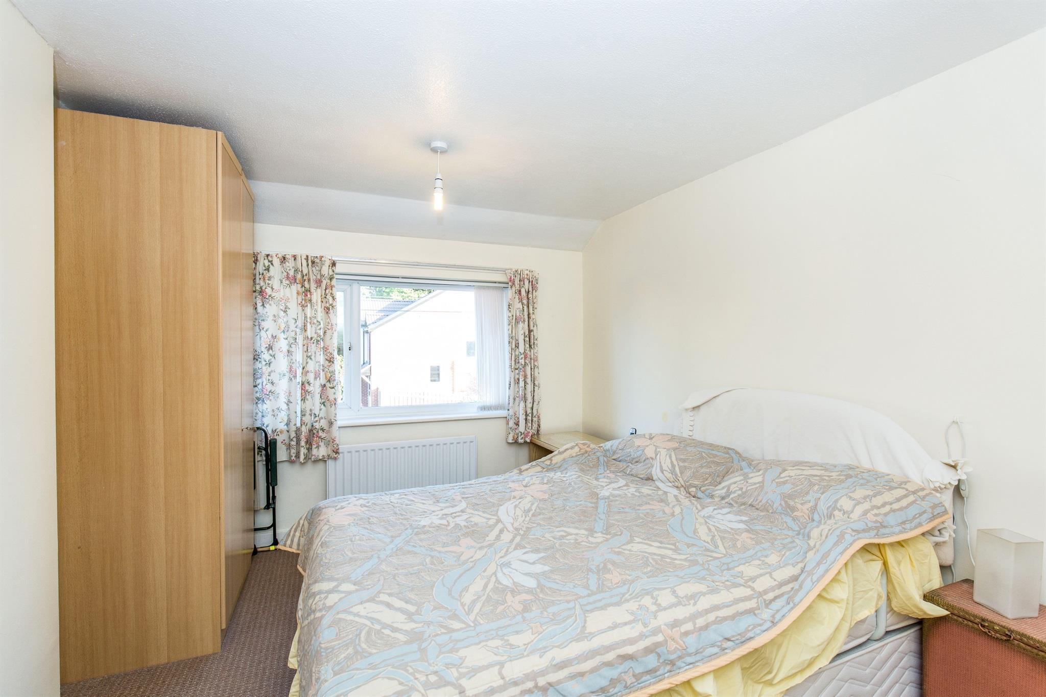 Is 747 A Good Credit Score >> 3 bedroom semi-detached house for sale, St Anns Rise, Leeds, LS4 2TJ – TheHouseShop.com