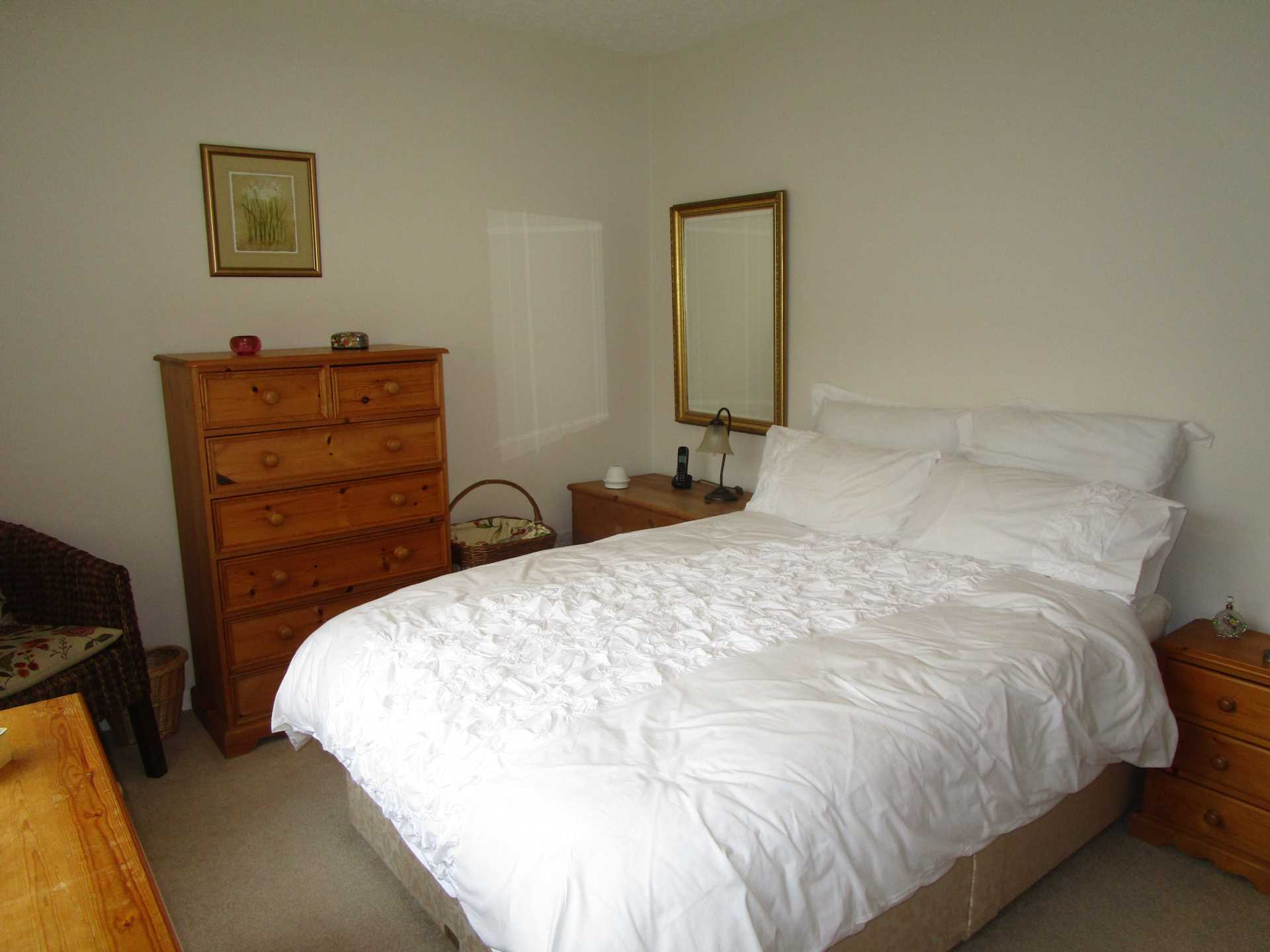 Oldham Room For Rent
