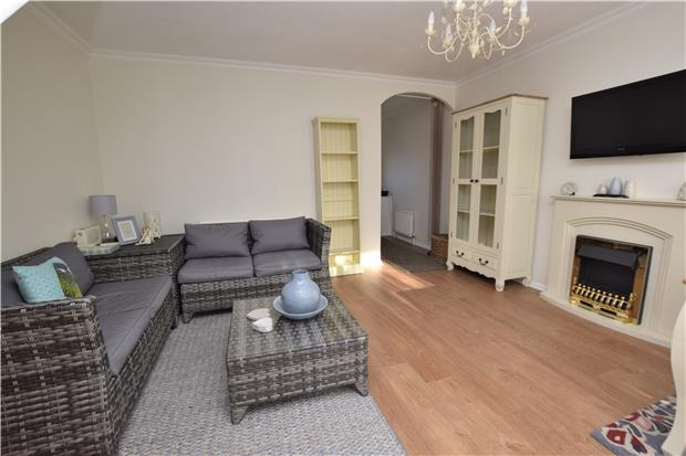 2 bedroom terraced house for sale hadley court bristol for 64 rustic terrace bristol ct