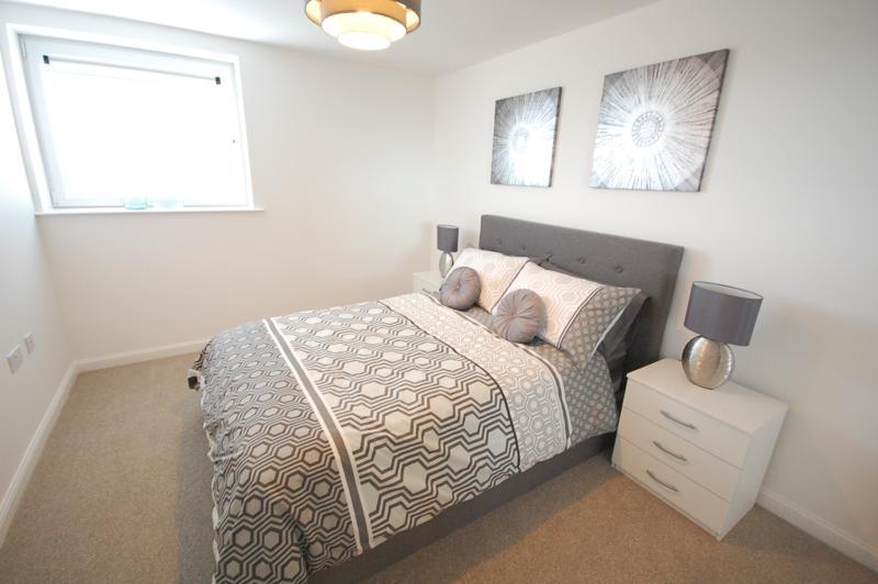 2 Bedroom Flat To Rent Ocean Apartments City Centre